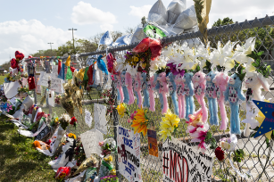 Photo: Marjory Stoneman Douglas High School memorial