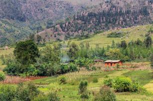 Photo: Burundi village